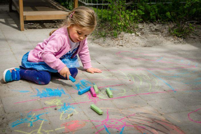 Bilinguale Kinderkrippe & Kindergarten | Joki Kinderbetreuung Johanneskrichen